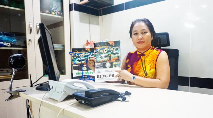 Bà Lâm Thị Bích Vân - Chủ Cơ Sở Sản Xuất Billiard Hưng Phát